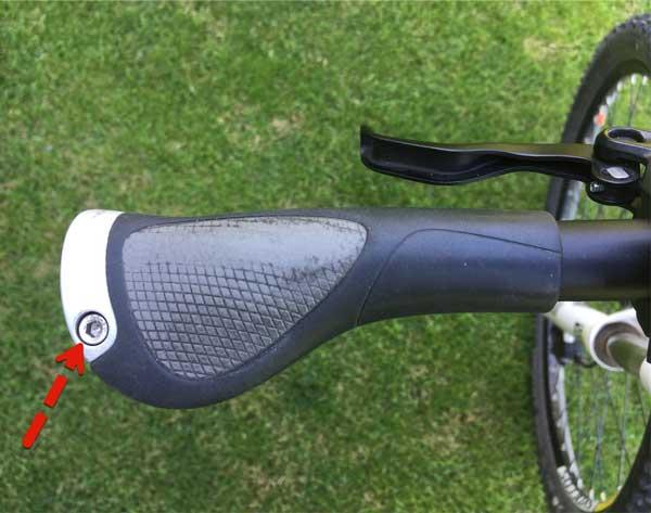 Fahrradgriff Klemmschraube