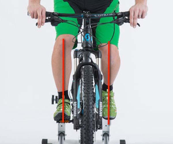 Die Knieerhebungskurve lässt sich mit einem Laser kontrollieren