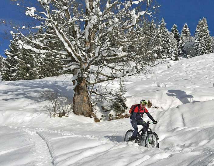 Mit der richtigen Ausstattung macht Radfahren auch im Winter Spaß