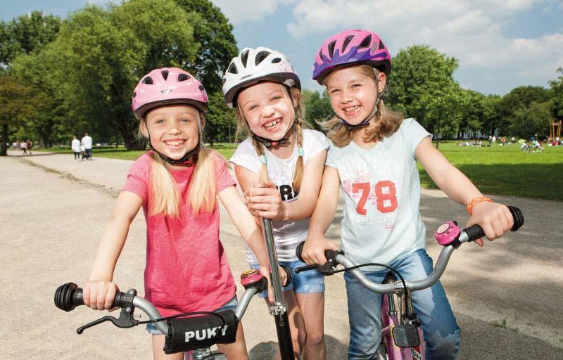 Kinder sollten immer einen Helm tragen