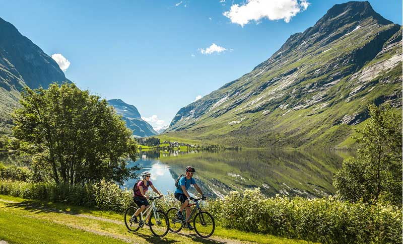 Radfahren in der Natur verstärkt die Endorphin Ausschüttung