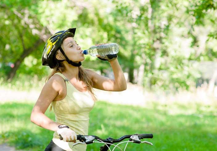 Im Sommer rechtzeitig trinken