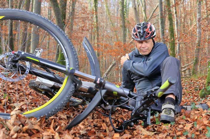 Mountainbike Sturz im Wald