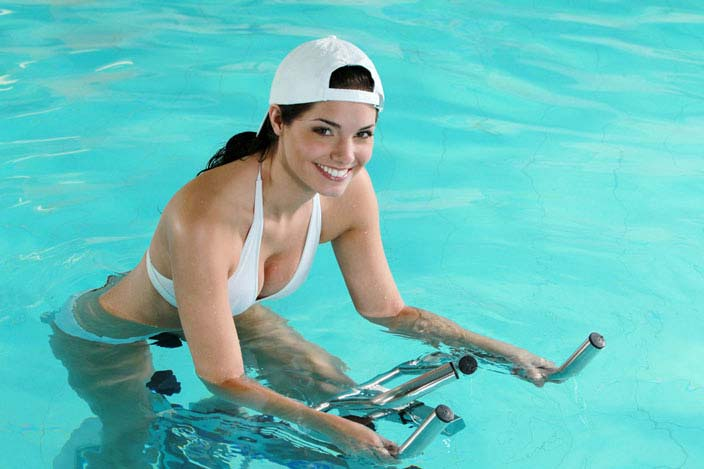 Aqua Cycling fordert den ganzen Körper