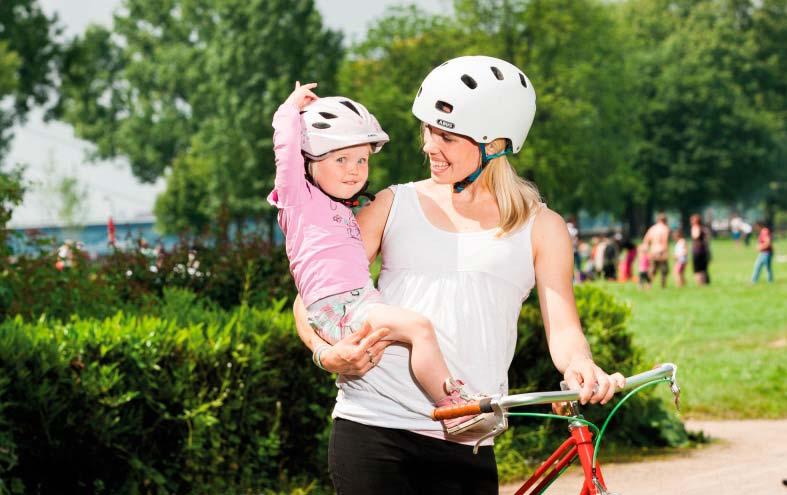 Fahrradhelme bieten auch Schutz vor der Sonne
