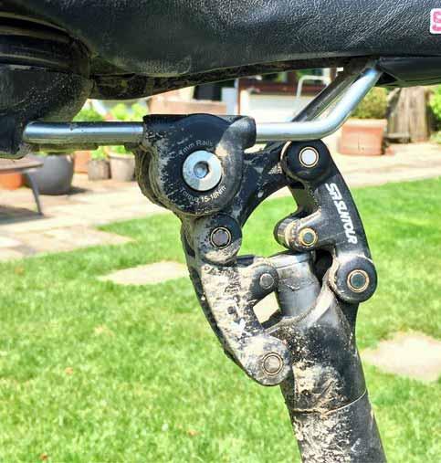 31,6mm Aluminium Sattelstange DE MTB Fahrrad Sattelstütze Gefedert 27,2mm