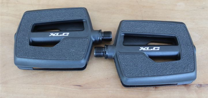 Das Bild zeigt das XLC City- und Komfortpedal PD-C10